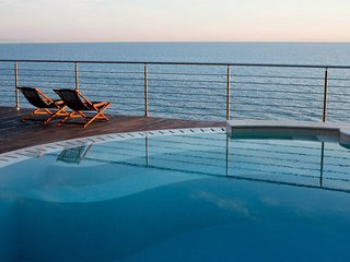 Oceanside Tuscan Vacation House at Dolcevita