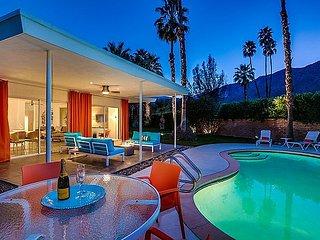 Enchanting Oasis, Palm Springs