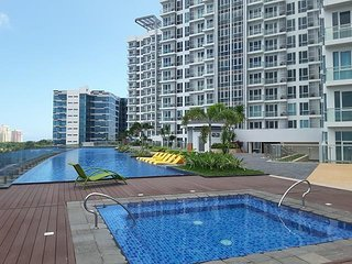 Mactan Newtown 1 BR, Twin Bed Sweet with Wifi