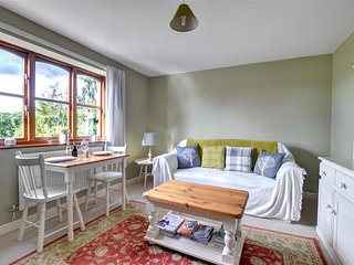 The Garden Apartment (WAB257), Berriew