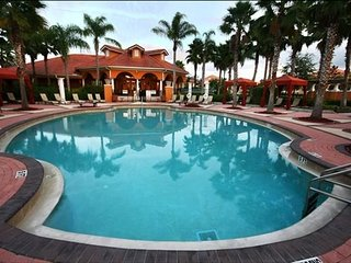 Solana Resort-6bedroom-5 masters-Pool-Spa-Free wifi--Close to Disney