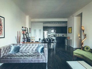 HUGE Family Size 3 Bed 2 Bath, WTC, Wall St!, New York City
