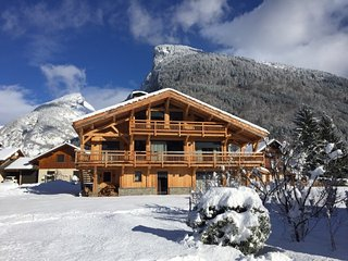 Big chalet - 700 m from the slopes