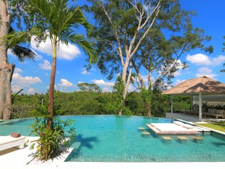 Stunning  new luxury villa & infinity jungle pool, Pejeng