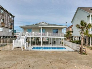 8/11-8/18 DISC! Just Updated Private Pool, Cherry Grove Oceanfront House 4BR4BA.