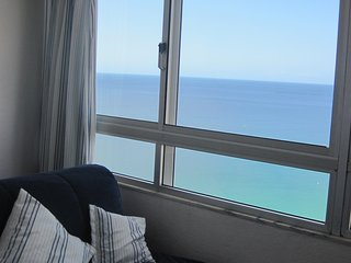 RENT4REST SESIMBRA OCEAN VIEW STUDIO - PRIVATE BEACH ACCESS