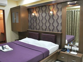 Budget Hotel in Ozar - 40 minutes from Malshej Ghat