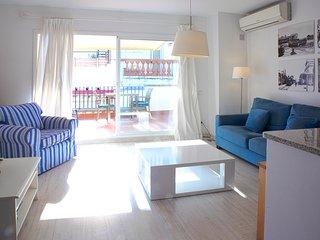 Atico con terraza para 2 personas en el centro de Sitges
