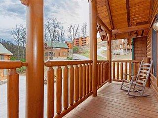 Bear Den Lodge