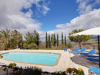Villa Faros Stroumbi
