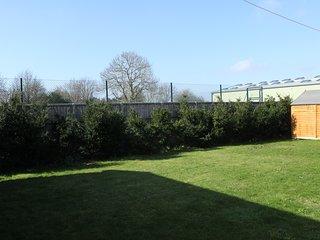 Aldingbourne Holiday Cottage Rental, Oving