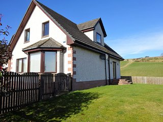 Spacious Property With Stunning Views (Live Scottish Music By Arrangement), Alyth