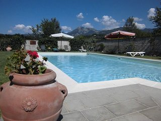 Lido, pool, walking distance restaurant, WIFI, Pieve Fosciana