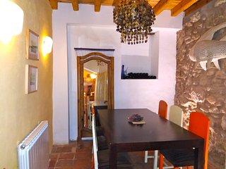 'Casa Malvasía' Casco Antiguo, cuatro plantas. (calle San Juan)
