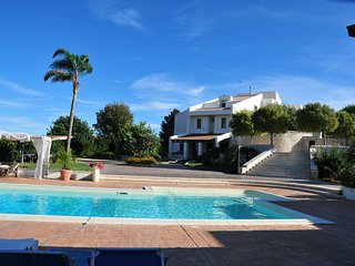 Amazing Villa between Modica and Marina di Modica with stunning garden and pool