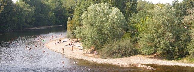 La plage sur la rivière à Lésigny