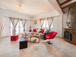 Sebastian's Amazing Apartment in Rhodes Town