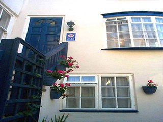 Awd Tuts Self Catering Cottage - well known in Whitby