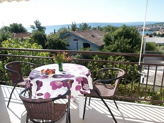 Lovely Studio Mestro with a Sea view nr. 1