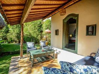 Aashaya Jasri Resort Villa Kecil