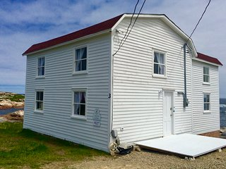 The Old Salt Box Co. Aunt Christi's