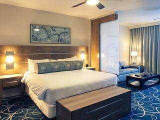 VEGAS Desert Blue Resort with 2 pools, cabanas, grill, 2 hot tubs & free parking