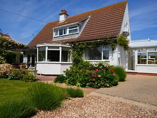 SEALC Cottage in Sutton on Sea