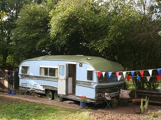 Gypsy Caravan - The Star, a Vintage 1970s Showman's Wagon. Perfect Glamping, Battle