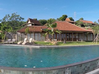 Villa Madoe Sumberkima Hill Retreat, Pemuteran