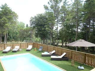 House with private pool, Villardonnel