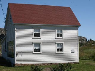The Old Salt Box Co. Daisy's Place, Twillingate