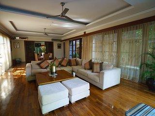Coconut Grove, Luxury 4 Bedroom Villa, Feature Garden, Sanur