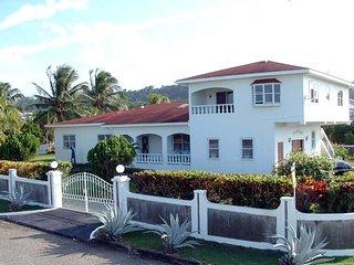 Hill Sea View Villa, Ocho Rios