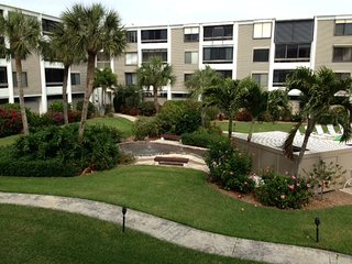 beautiful beach front condo, Sanibel Island