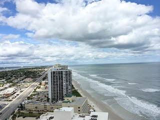 Luxury Condo-Breathtaking Ocean Views, Daytona Beach