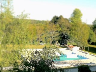 Le Campsis - Fabulous apartment, beautiful pool, Brossac