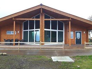 Lilypot Farm Luxury Log Cabins