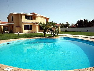villa Bruna with swimming pool with 4 bedrooms