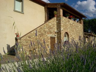La Rugantina, Tuscan Farmhouse with large swimming pool
