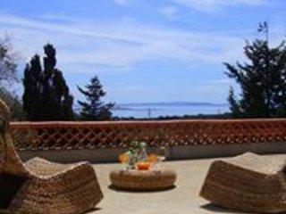 """Maison 3 chambres """"Type bergerie"""" vue sur les îles,  proche de la plage, Bonifacio"""