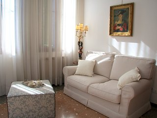 Exclusive, Bright and Charming Venetian Home, Venice