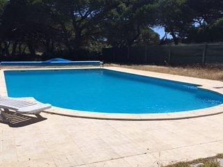 Klay Villa, Meco, Sesimbra
