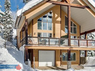 Over the Top, 4829a Snow Pines Road, sleeps 9