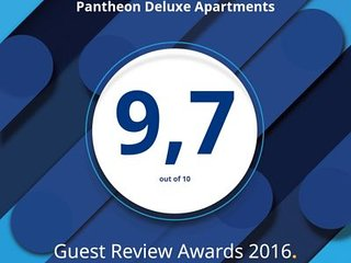 Pantheon Deluxe Apartments