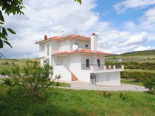 Stylish villa in Thessaloniki's eastern outskirts
