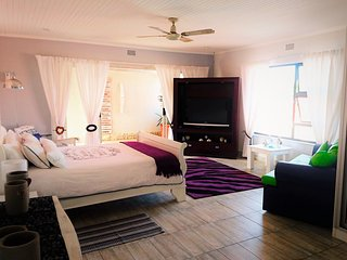 Glenluce Drive Guesthouse - Unit Dublin, Fourways