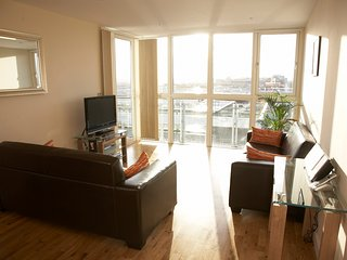 Shortletting by Centro Apartments - Theatre District MK - No. 402