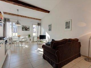 Galileo Bright Apartment