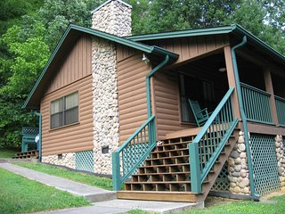 $99 Per Night- April Spring time special!!! Come stay with us!, Sevierville