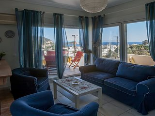 Apartment with panoramic sea views , 200m.  from the sandy  beach.